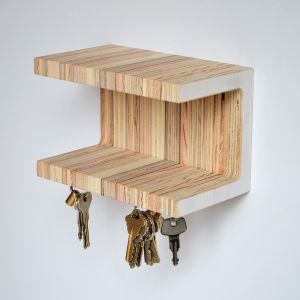 Small magnetic key shelf